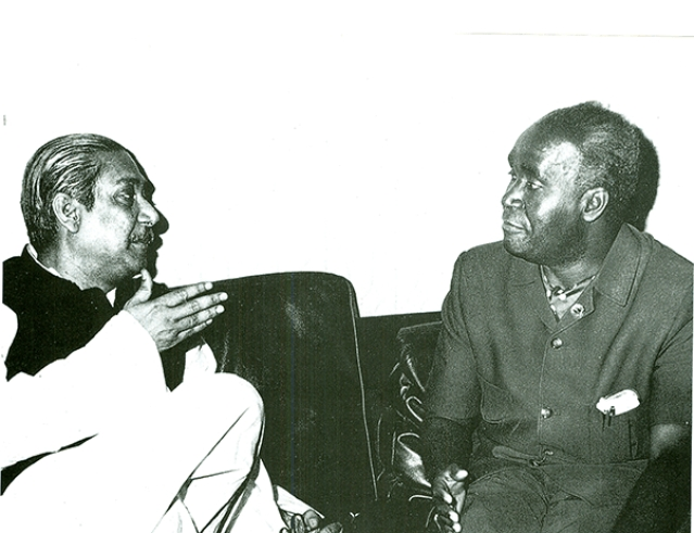 Sheikh Mujibur Rahman with Zambia's president Kenneth Kaunda on 3 August 1973.